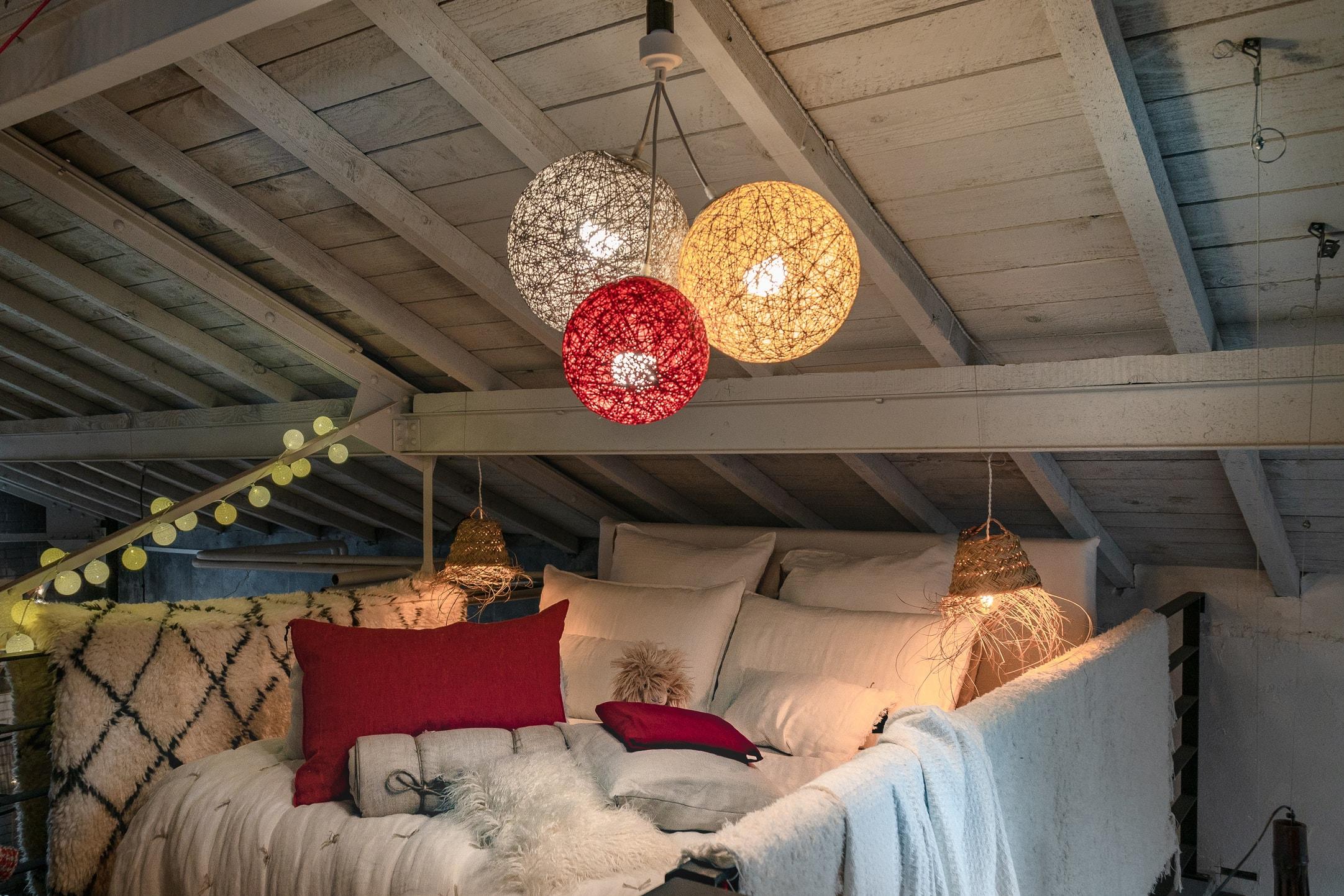 17 idées de décoration avec une guirlande lumineuse pour Noël
